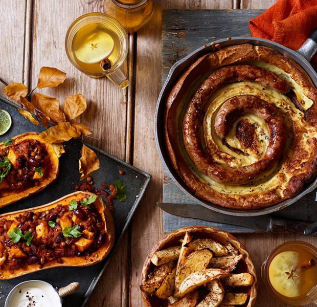 How to host a Bonfire Night feast for £15