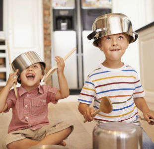 10 Free Ways to Entertain the Kids at Home
