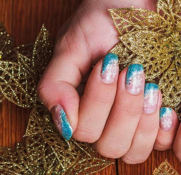 Christmas Jumper Nails Are The Holiday Beauty Trend You Have To See