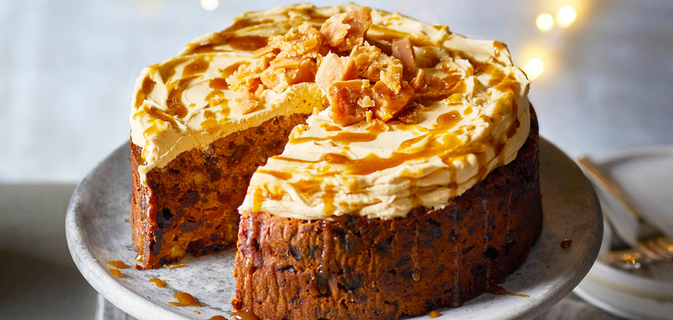 Christmas cakes with a twist