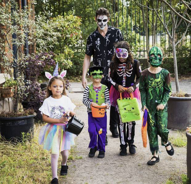 Brilliant Halloween costume ideas for the whole family