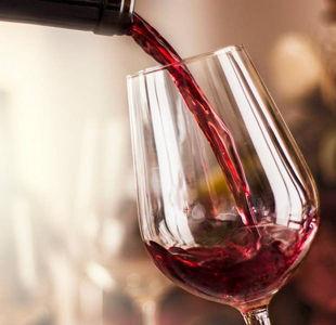 Wine Expert Helena Nicklin tastes our Extra Special wine range