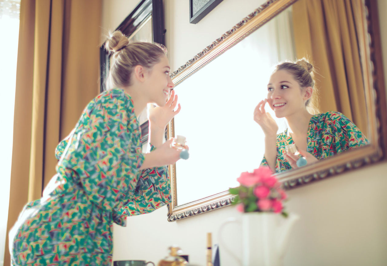 How to keep your make-up immaculate on a hot day