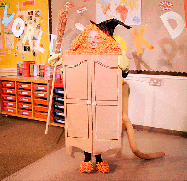 Make your own The Lion, the Witch and the Wardrobe costume for World Book Day